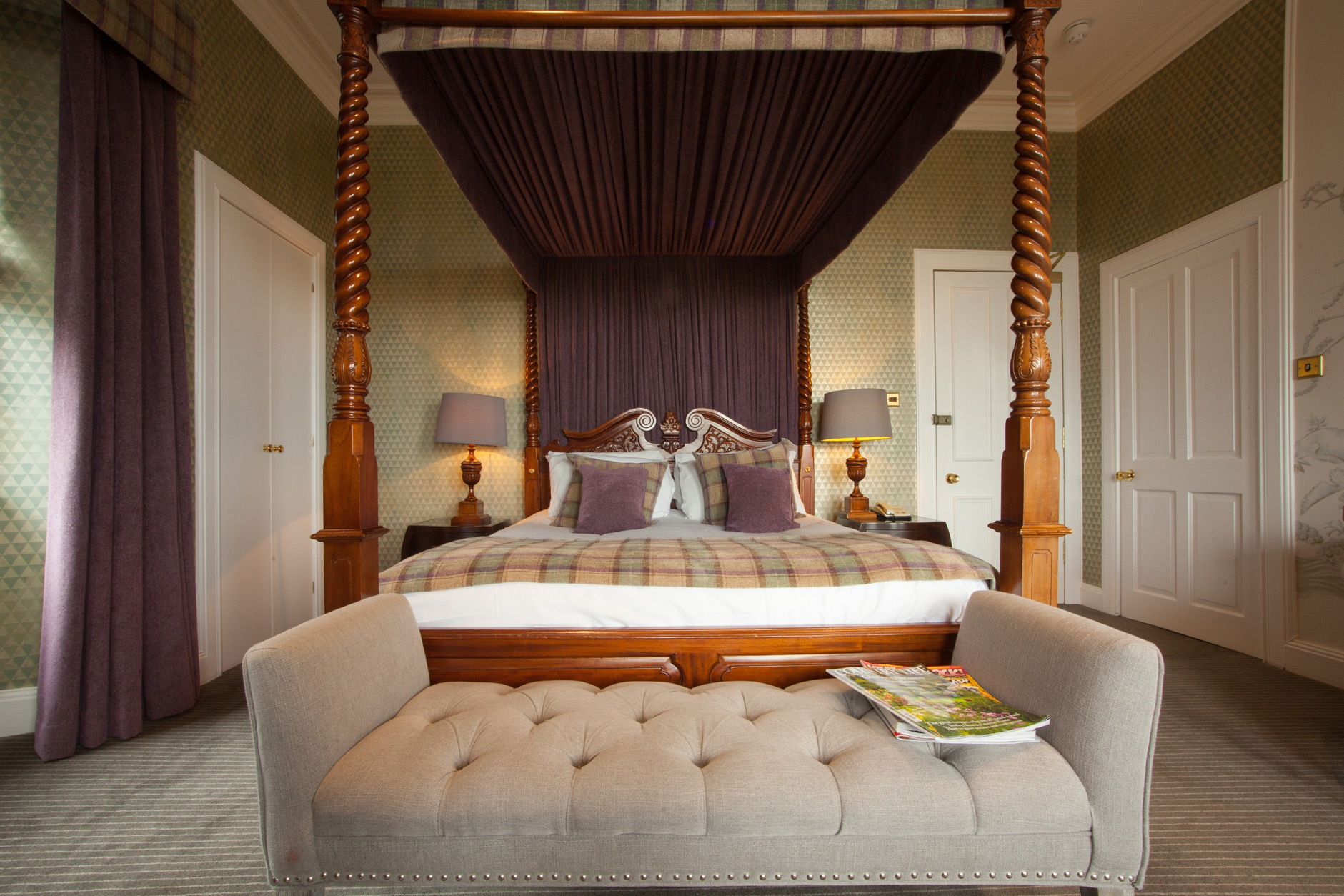 luxury four poster suite in the East Neuk