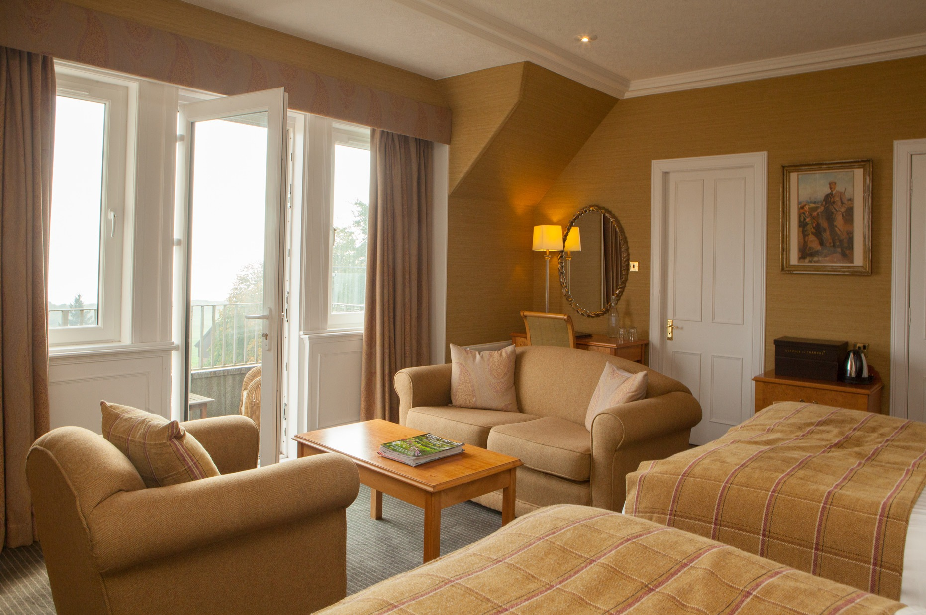 luxury accommodation with sea views in fife